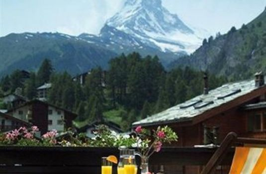 Resort carousel europe hotel and spa   matterhorn