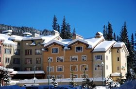 Nancy Greene's Cahilty Lodge, Sun Peaks