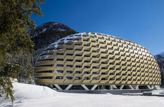 Resort carousel intercontinental hotel davos   exterior 4