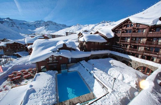 Resort carousel payable swimming pool village montana tignes self catered ski apartment france 5305