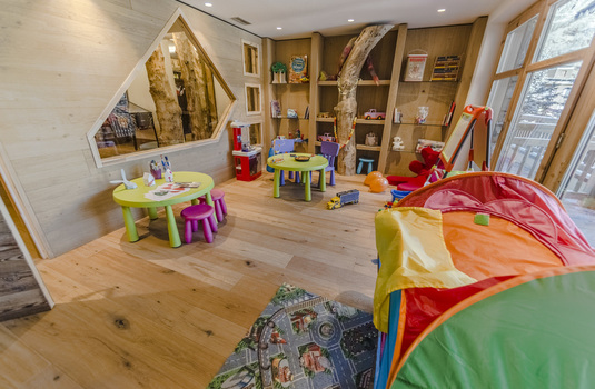 Hotel Barmes l'Ours - Play Room