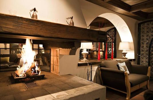 Silvretta Hotel and Spa - Fireplace