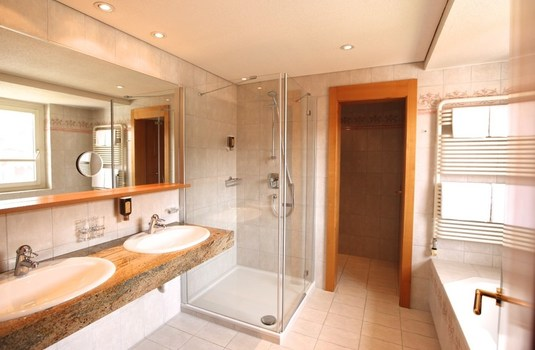 Hotel Theodul - Bathroom 3