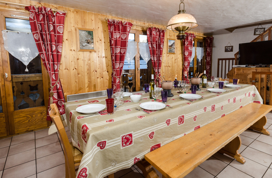 Chalet Louis - Dining Room