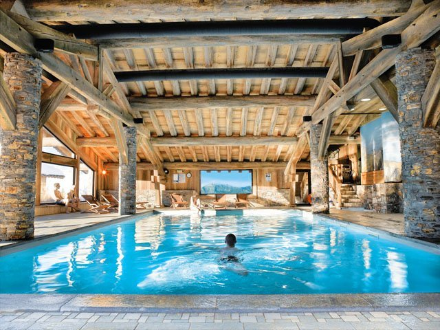 ski-apartments-with-outstanding-spas-pools