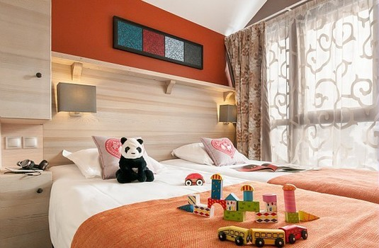 Resort carousel les terrasses d helios   kids room