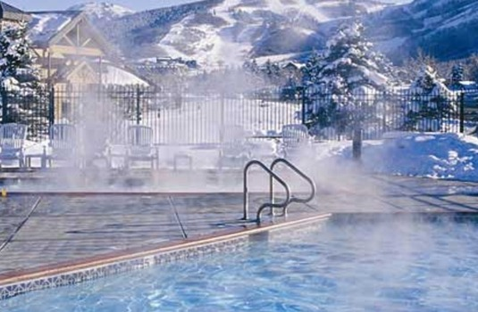 Resort carousel park city peaks outdoor pool