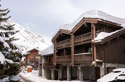 Resort carousel val d isere chalets sylvie outside
