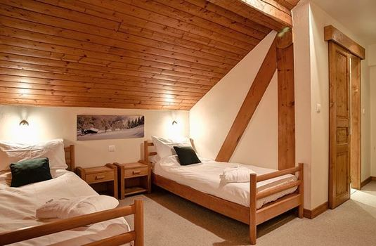 chalet-cecilia-twin-bedroom