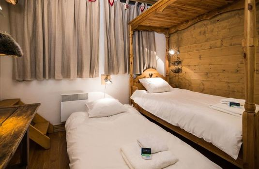 chalet-marmottes-bedroom2