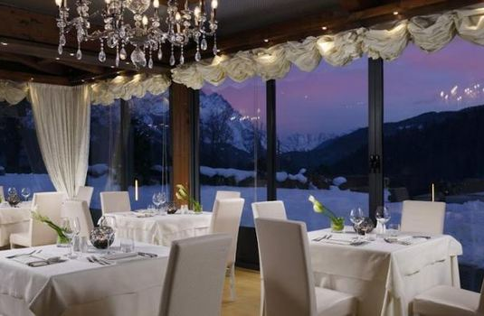 Resort carousel hotel faloria spa dining