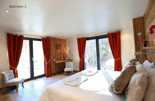 Resort carousel chalet d isere bedroom 1