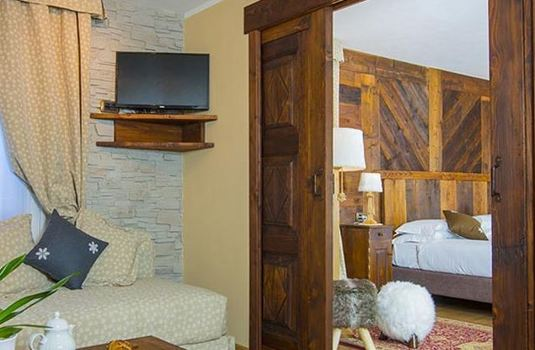 Resort carousel hotel edelweiss cervinia suite