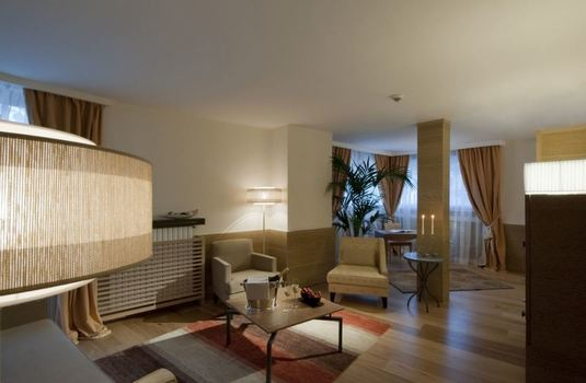 grand-hotel-savoia-suite