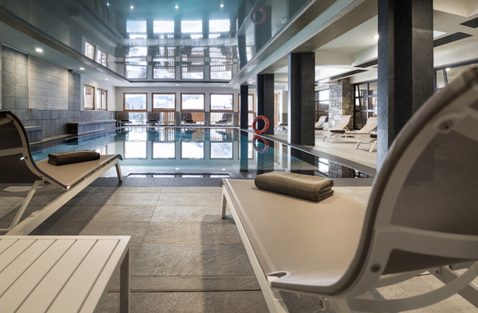 Resort carousel mgm roc des tours piscine