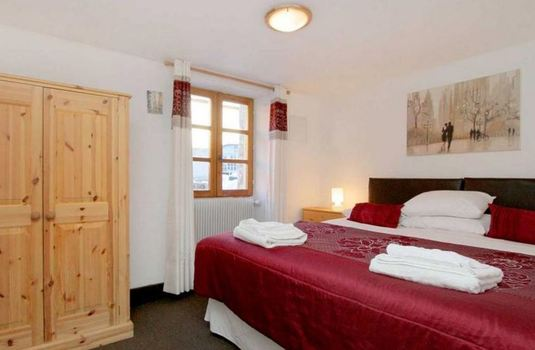 chalet-ruby-double-bedroom