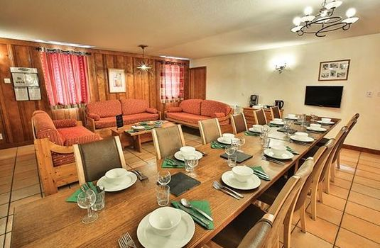 chalet-peche-dining