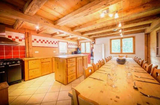 Chalet-Atelier-kitchen