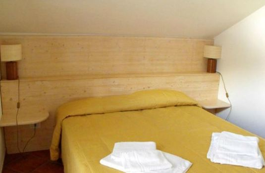 Hotel-I-Larici-bedroom2