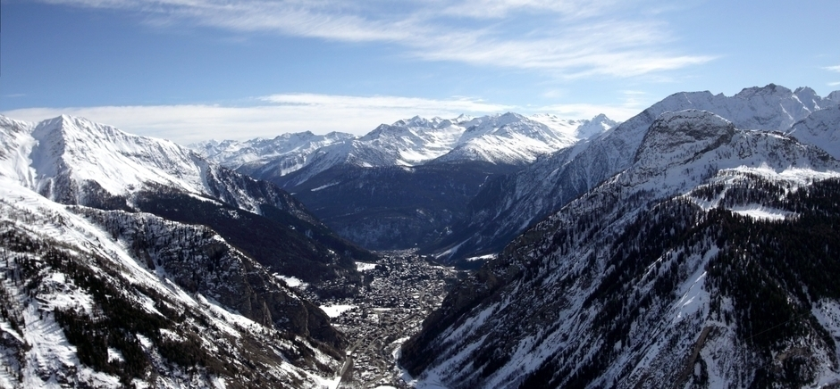Italy Ski Resort Courmayeur