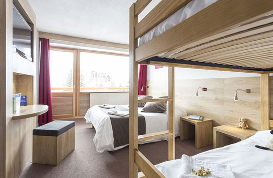 Hotel-club-MMV-le-panorama-bedroom-double