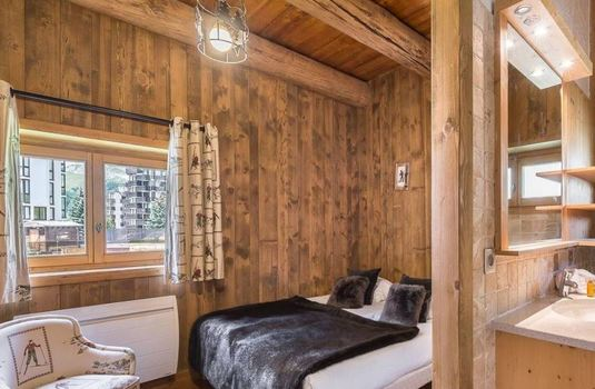 Resort carousel chalet thovex bedroom2