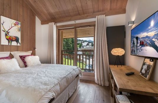 Resort carousel chalet bachal bedroom2