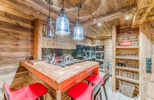 Resort carousel les sorbiers val d isere kitchen