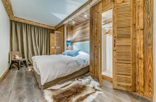 Resort carousel les sorbiers val d isere bedroom