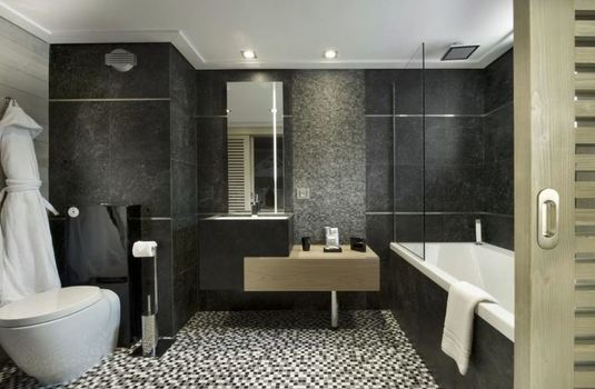 chalet-white-pearl-bathroom