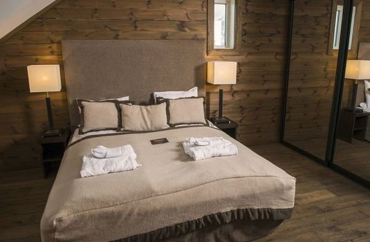 vestalia-resort-bed-suite