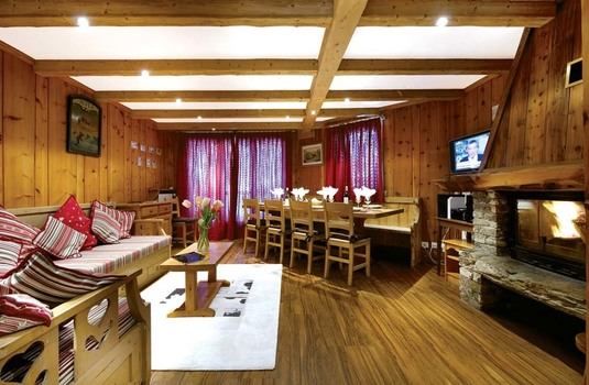 Resort carousel chalet bonneval update lounge