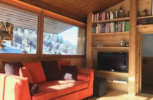 Chalet-Boudu-update-television-room