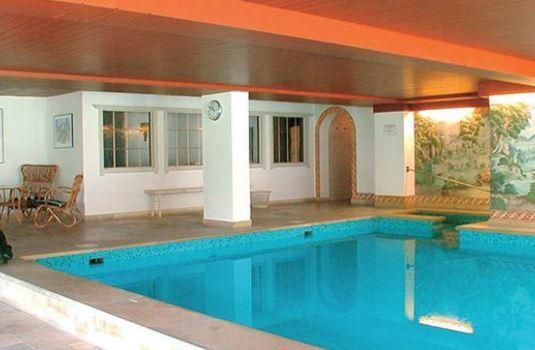 Resort carousel sporthotel austria pool
