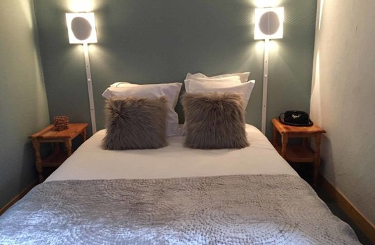 cimes-blanches-courchevel-bedroom2