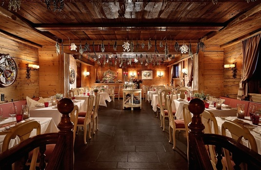 Gastaad-Palace-resturant-resize