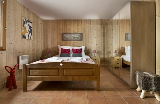 Chalet-Eva-bedroom2