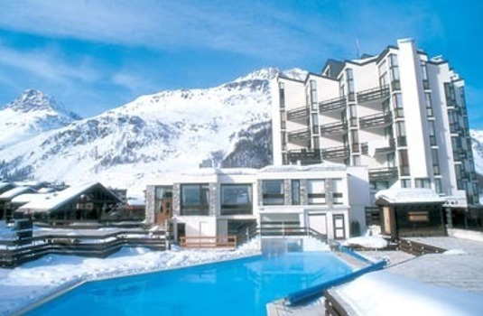 Outside at Clubhotel Val D'Isere - Mark Warner