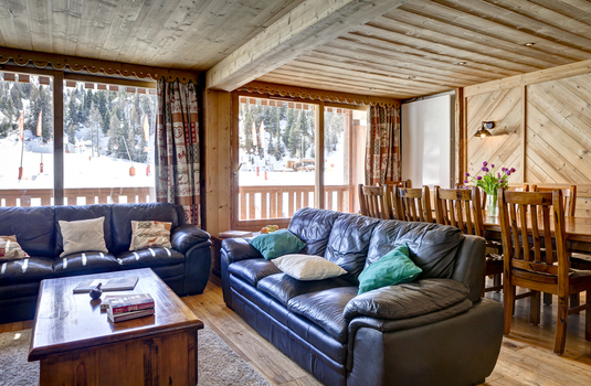 Chalet-Lily-update-dining-room