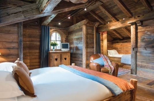 Resort carousel courchevel chalet 1850 luxurious bed room