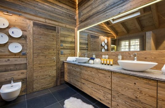 Resort carousel verbier five star chalet bathroom