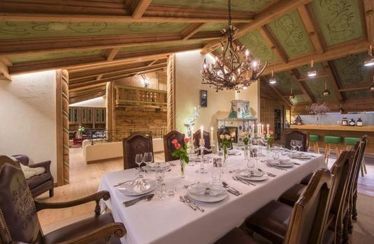 Resort carousel chalet laurus update dining room