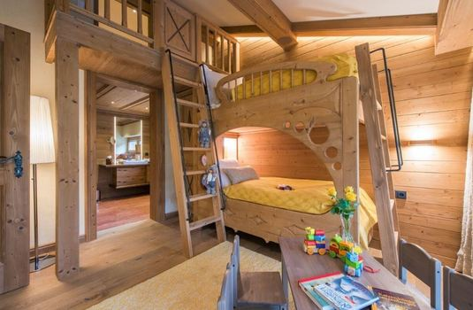 Resort carousel chalet laurus update bunk beds