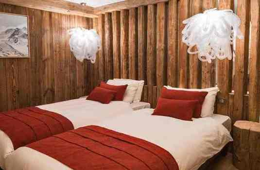 Chalet-La-Face-bedroom-2
