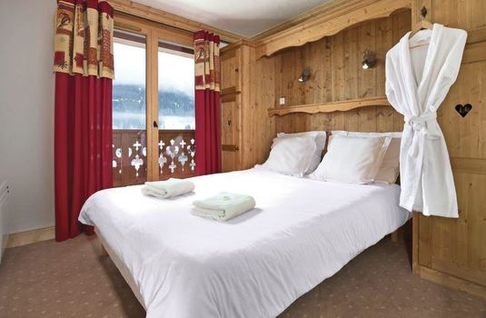 Resort carousel chalet grand mouflon bedroom