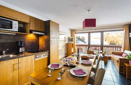 Resort carousel les chalets edelweiss updated apartment2
