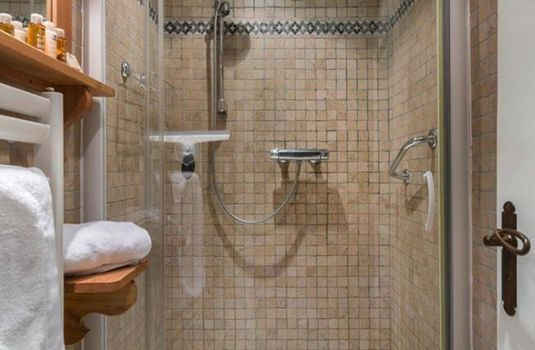 Appartment-Le-Stan-Bathroom2-RS