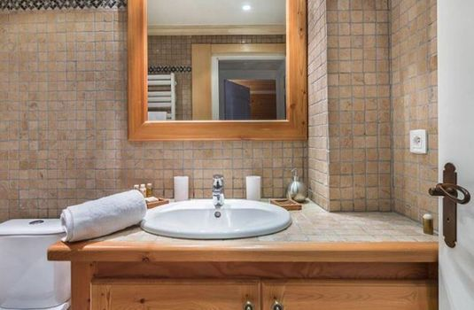 Appartment-Le-Stan-Bathroom-RS