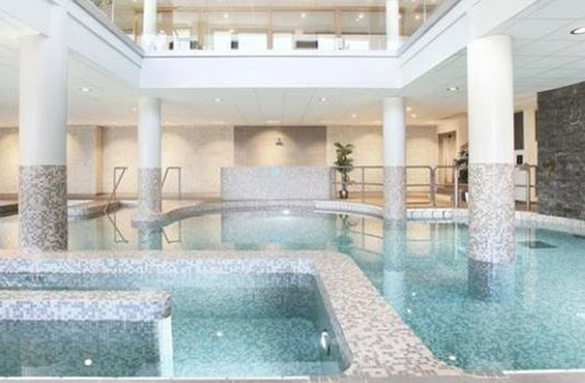 Hotel-Le-Chamois-Swimming-Pool-RS