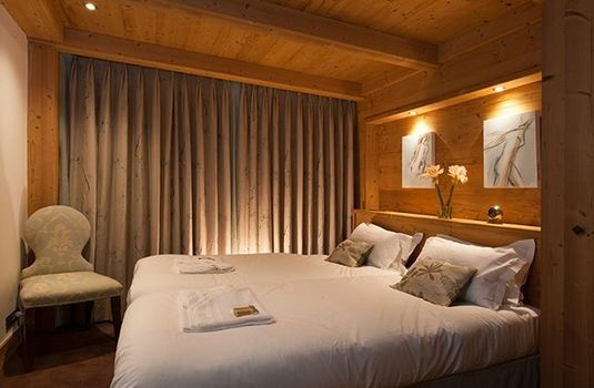 Chalet-Lucerne-Bedroom2-RS
